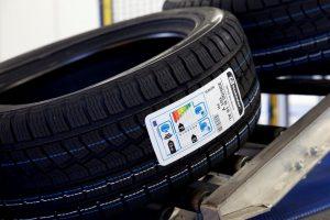 Etiquetage automatique de pneus